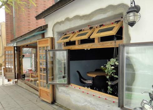 特色小吃店的装修有什么技巧?